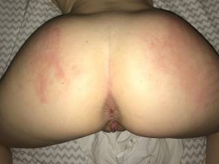 Like/comment if you see the hand prints