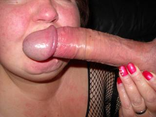 nice big cock about to be doevoured by a pair of very sexy lips!!
