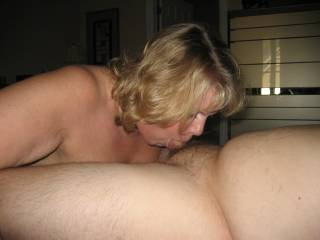 Daytonohfun's wife taking me balls deep in her mouth as her hubby watches