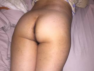 Pats nice butt and hairy crack