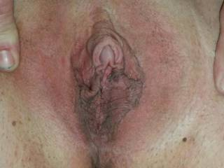 Time to eat! Wanna lick? Bet you would love it!!!!!!