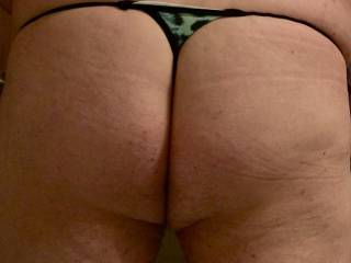 I do like the way my butt looks in these sexy girlie gstring panties;)