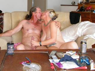 Beautiful, love to see couples kissing, not enough kissing pics/vids in porn, alas