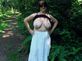 Flashing her tit's in the woods